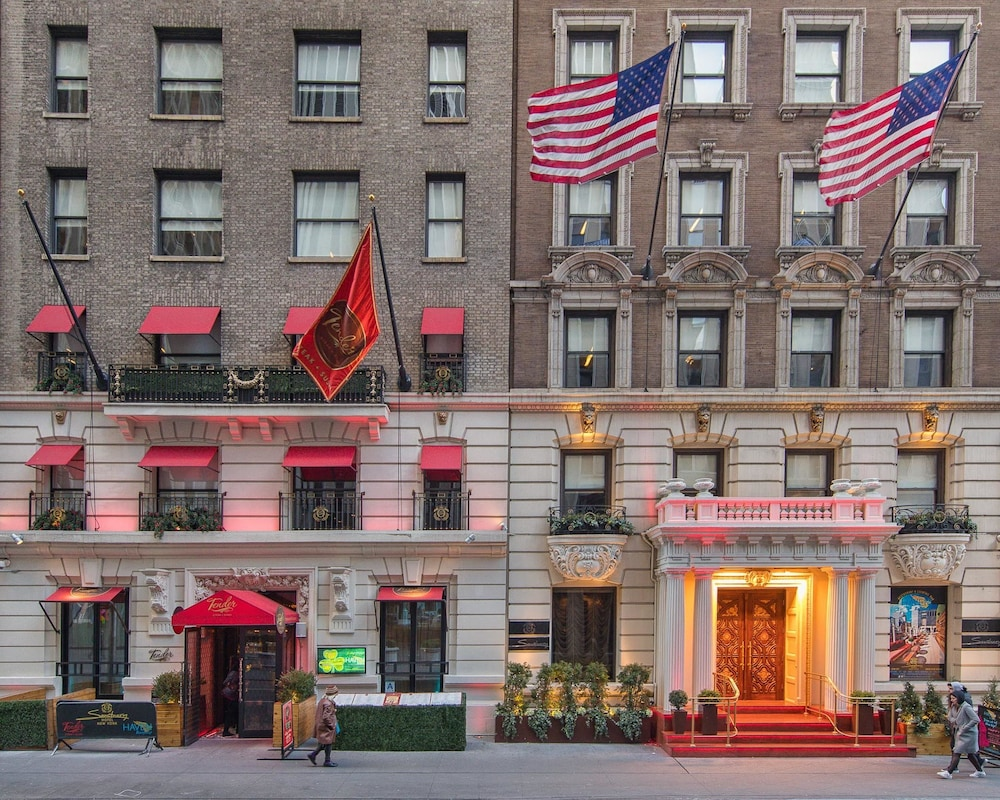 Sanctuary hotel new york in new york hotel rates for Hotel new york