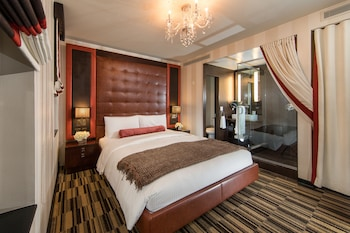 Superior Room, 1 King Bed - Guestroom