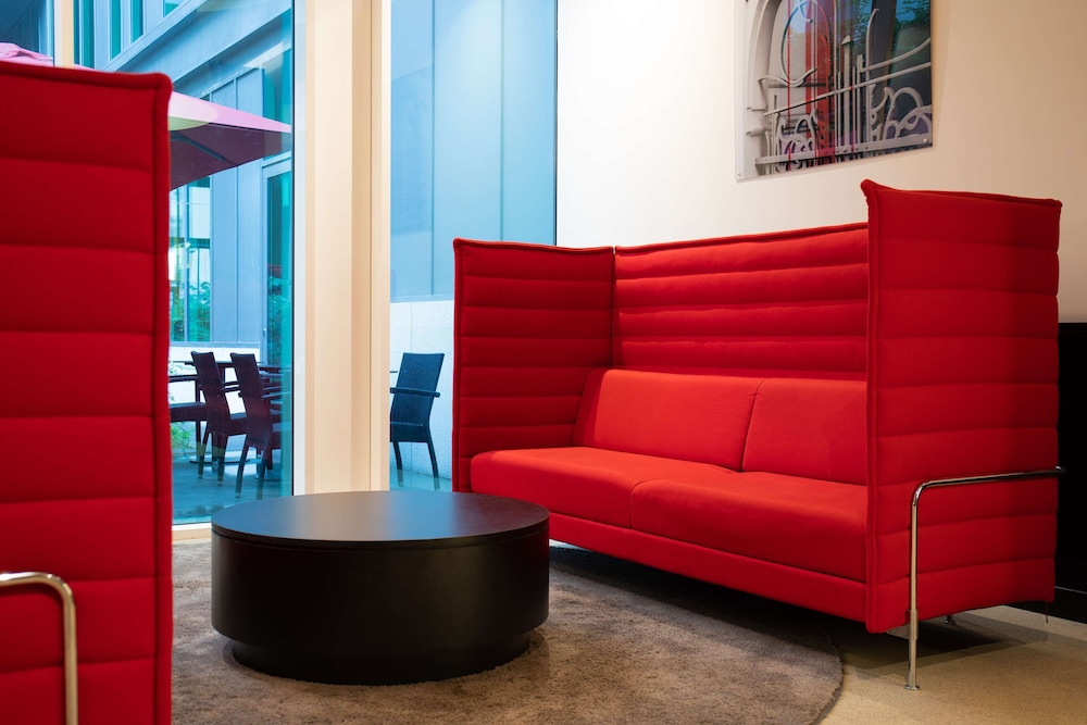 Lobby Sitting Area, Park Inn by Radisson Brussels Midi