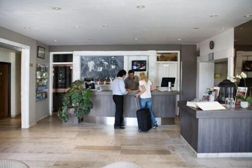 Leg En Hangkasten.Auberge St Pol 2019 Room Prices 98 Deals Reviews Expedia