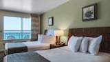 Beach Tower By The Sea - Panama City Beach Hotels