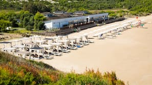 Spiaggia privata, sabbia bianca, navetta gratuita per la spiaggia