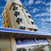 Le Royal Express Hotel