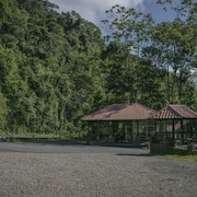 Tapirus Lodge