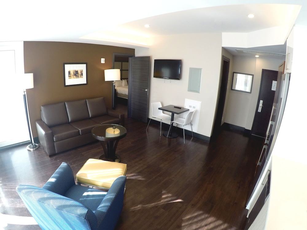 Living Area, M Montreal
