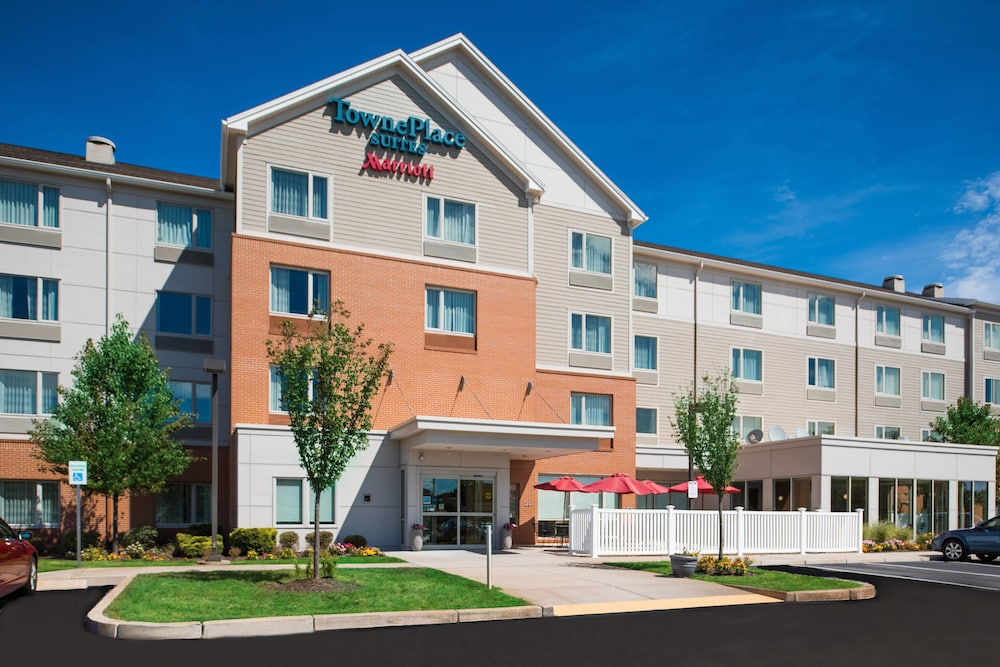 Exterior, TownePlace Suites Providence North Kingstown