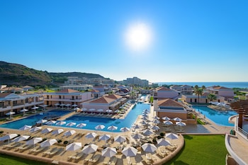 La Marquise Luxury Resort Complex