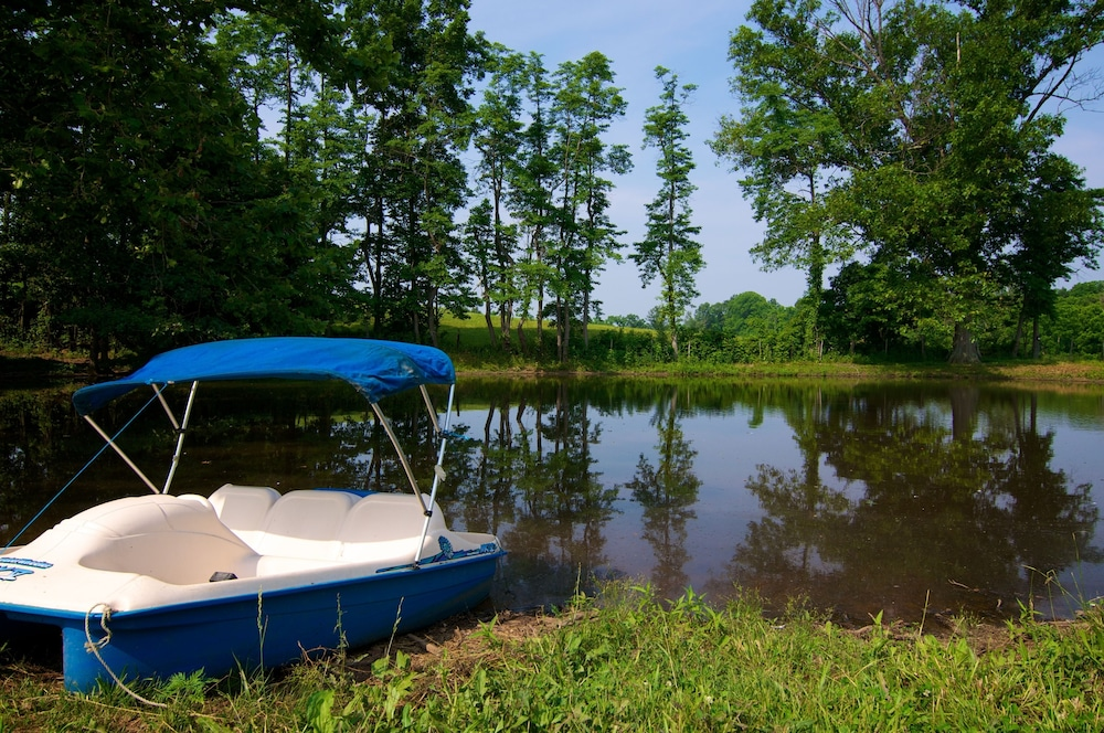 Boating, Southern Grace Bed & Breakfast