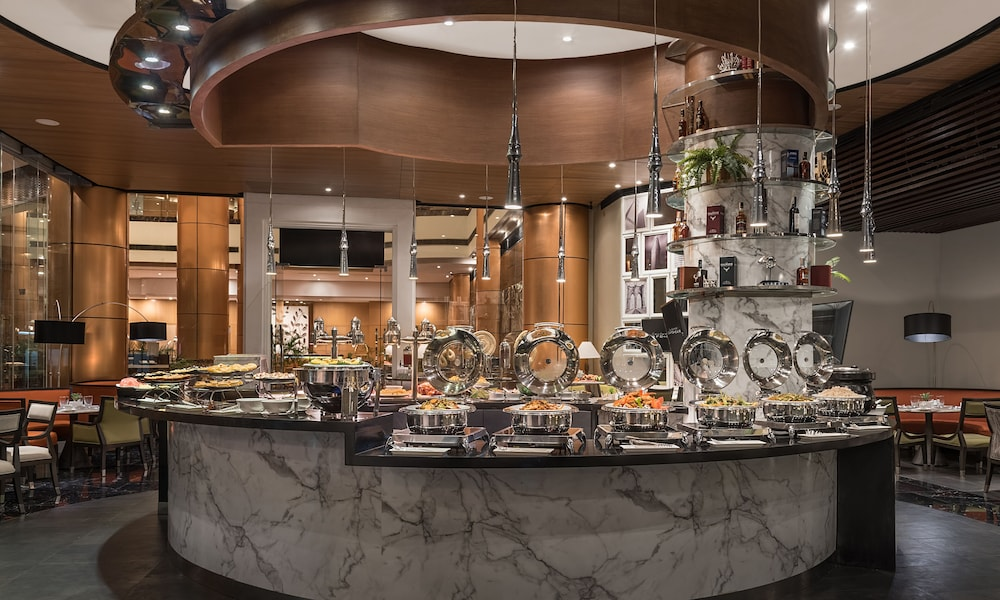 Breakfast buffet, Eastwood Richmonde Hotel