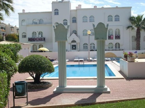 Outdoor Pool, Tavira Garden