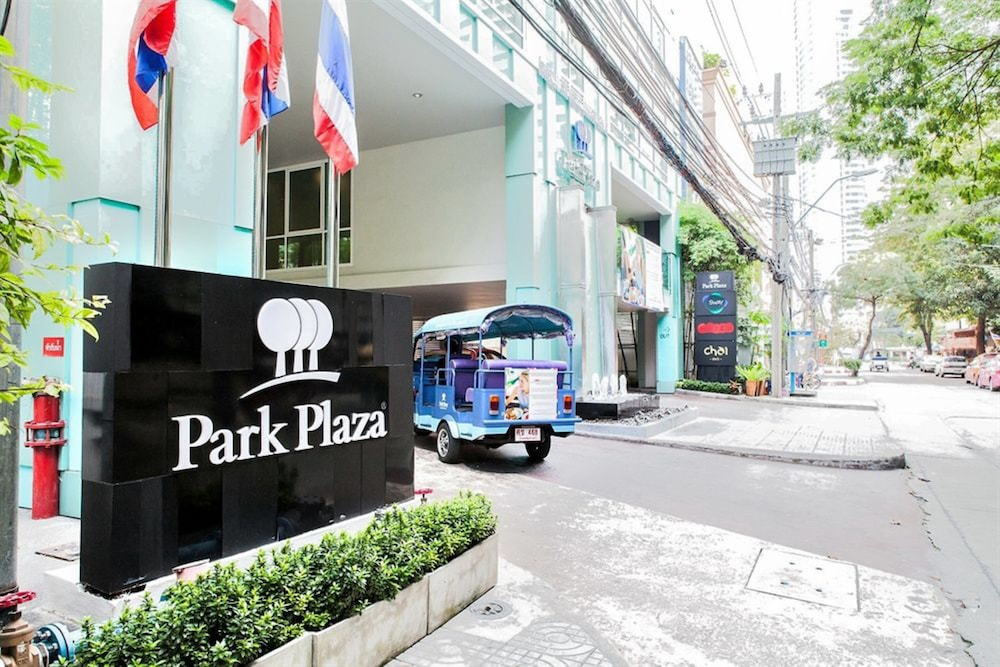 Front of Property, Park Plaza Bangkok Soi 18