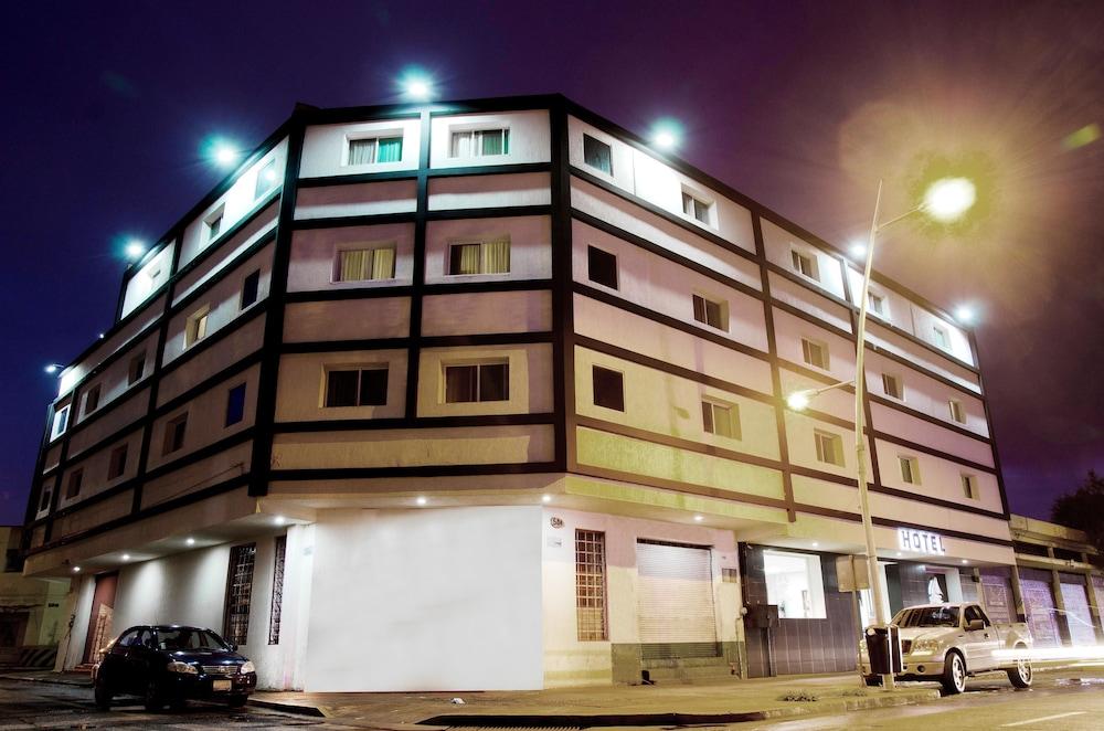 Hotel Portonovo Plaza Centro, Guadalajara - Precios ...