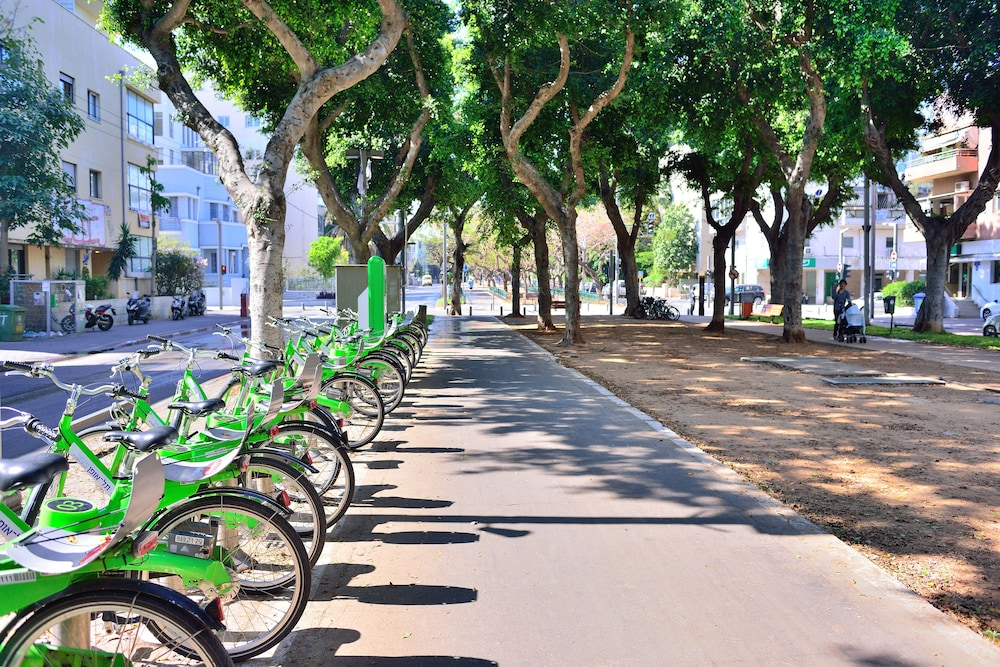 Bicycling, West All Suite Boutique Tel Aviv
