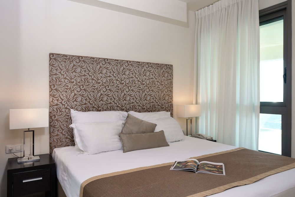 Room, West All Suite Boutique Tel Aviv