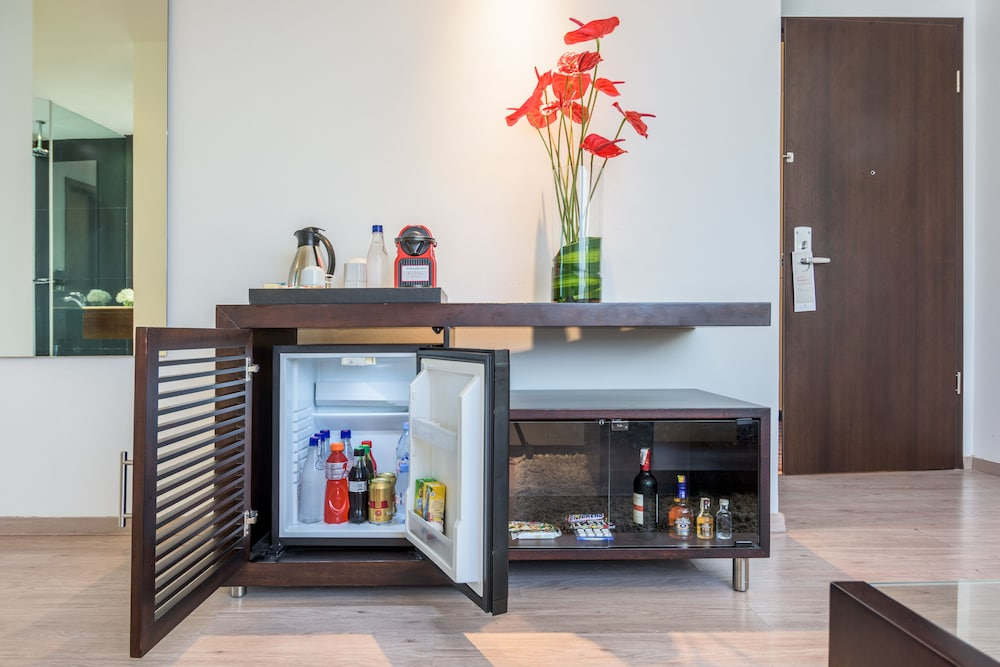 Minibar, NH Collection Barranquilla Smartsuites Royal