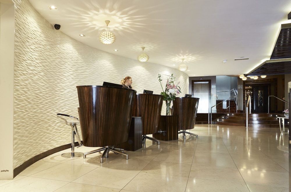 Reception, Killarney Towers Hotel & Leisure Centre