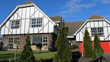 Tudor Manor Bed & Breakfast - Paraparaumu Hotels