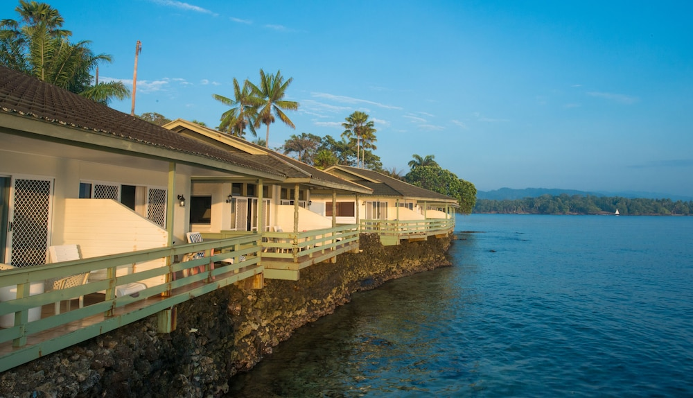 Madang Resort Hotel In Madang Hotel Rates Amp Reviews On