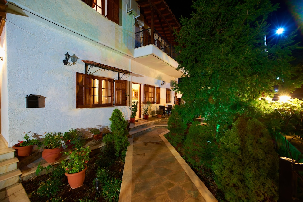 Front of Property - Evening/Night, San Giorgio Villa