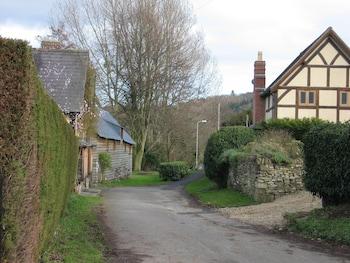 Bucknell, Shropshire SY7 0AH, England.