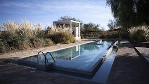 4 piscinas externas