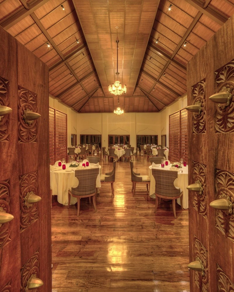 Family Dining, The Residence Zanzibar