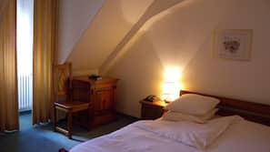 Bureau, rideaux occultants, Wi-Fi gratuit