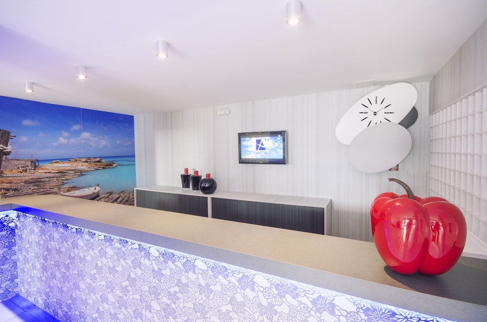 Azuline Apartamentos Sunshine Sant Josep De Sa Talaia 2019 Hotel Prices Expedia Co Uk