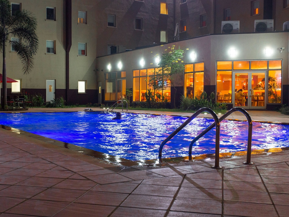 Outdoor Pool, Ibis Lagos Airport