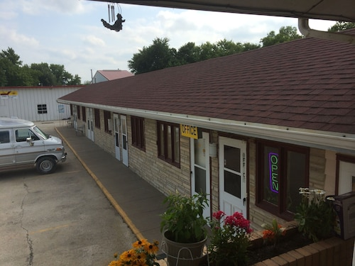 La Conne Motel Corning