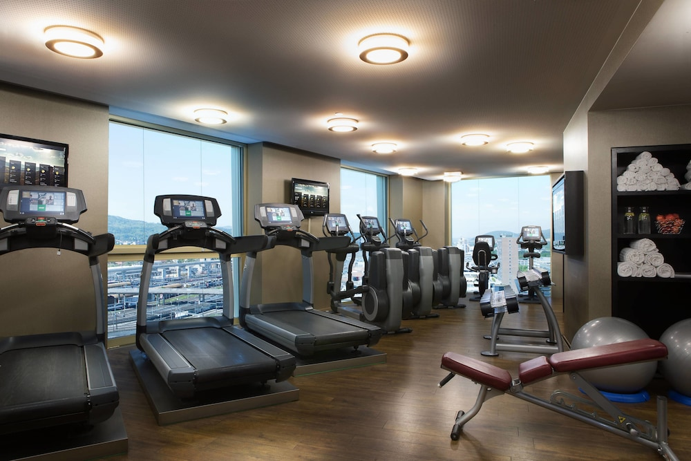 Sports Facility, Renaissance Zürich Tower Hotel