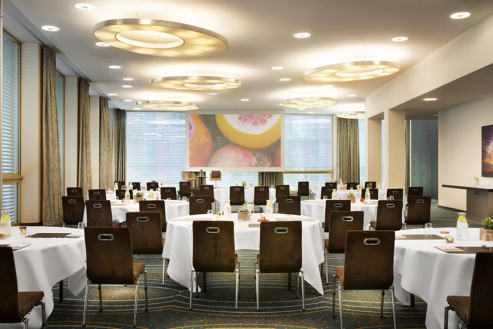 Meeting Facility, Renaissance Zürich Tower Hotel