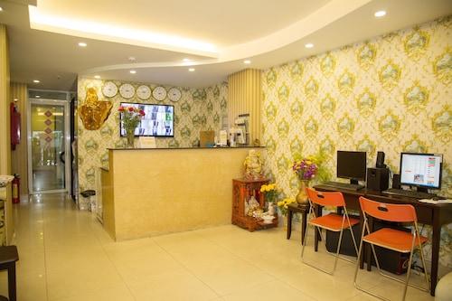 Bizu Hotel District 1 - City Center - 183 De Tham Street