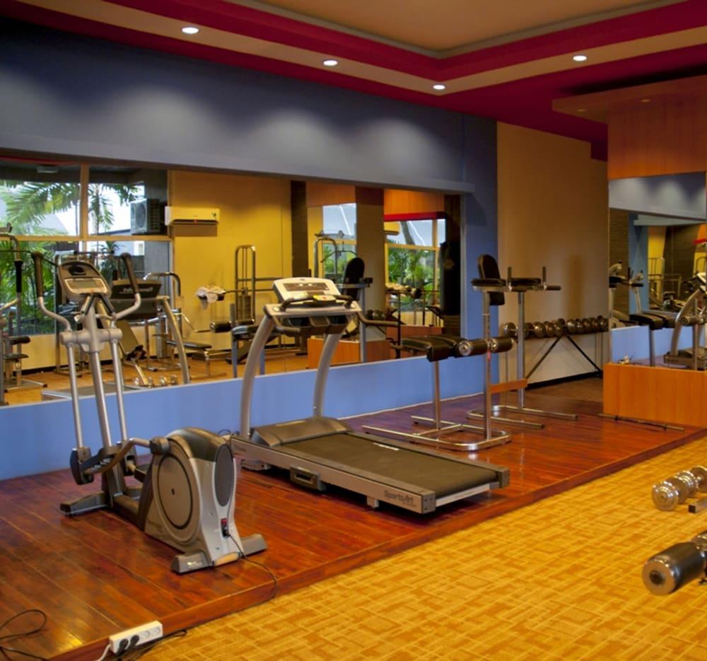 Singgasana Hotel Makassar - Reviews, Photos & Rates - ebookers com