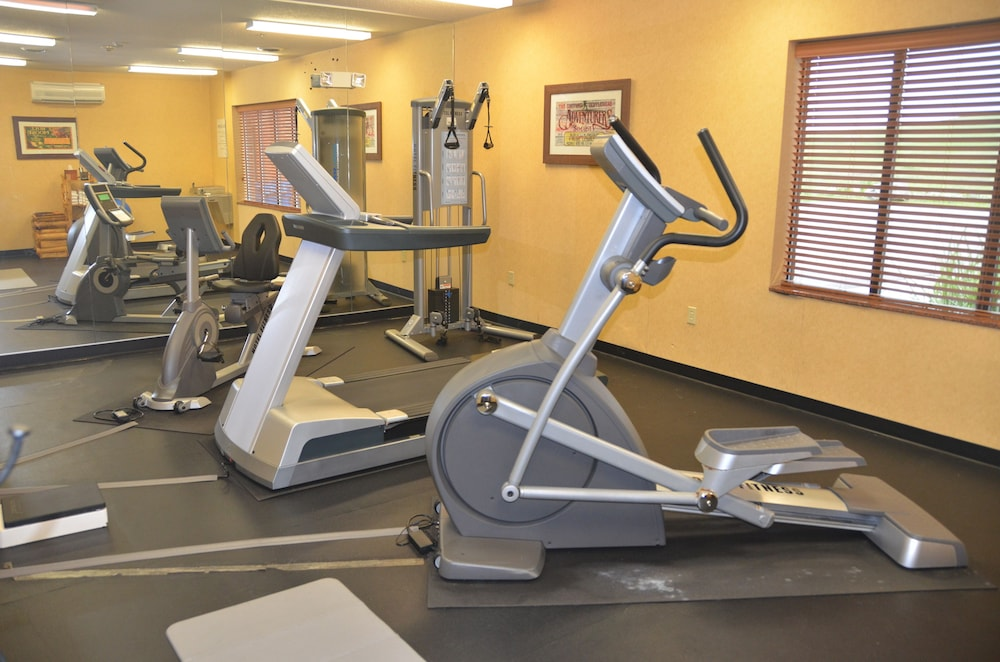 Fitness Facility, Holiday Inn Express Hotel & Suites Donegal