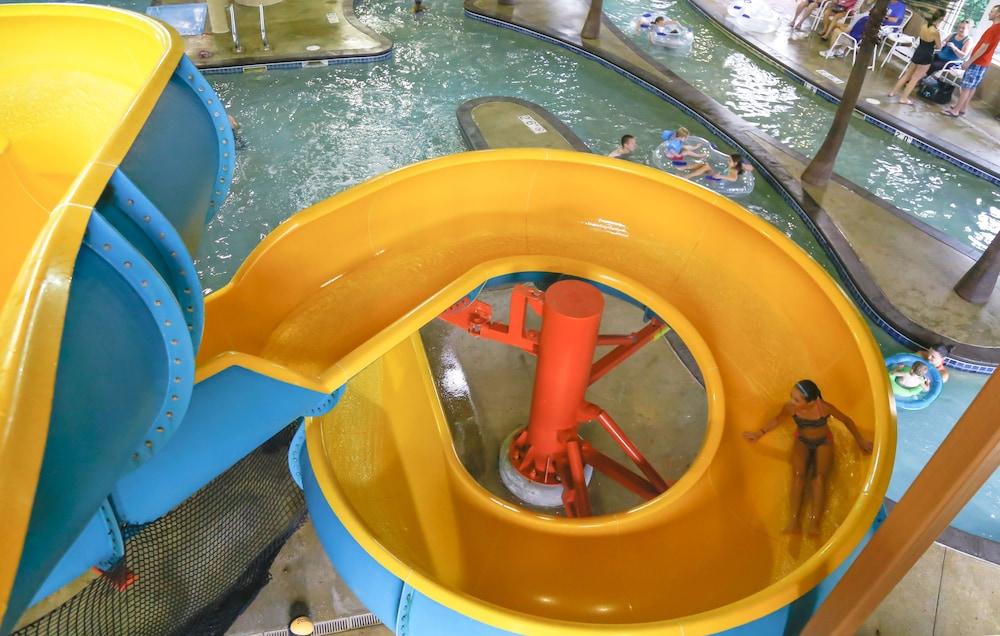 Honey creek resort state park ottumwa usa expedia for Glissade eau interieur