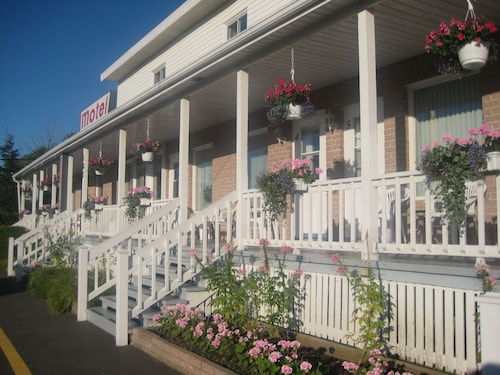 Great Place to stay Motel Au Vieux Piloteux near Riviere Du Loup
