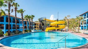 5 outdoor pools, open 8:00 AM to 7:00 PM, pool umbrellas, sun loungers