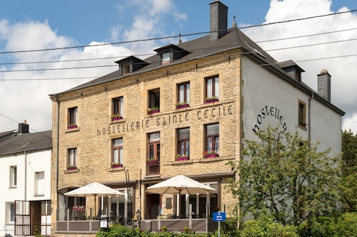 Best 3 Star Hotels Behême - 3 Star Hotels in Behême from AU