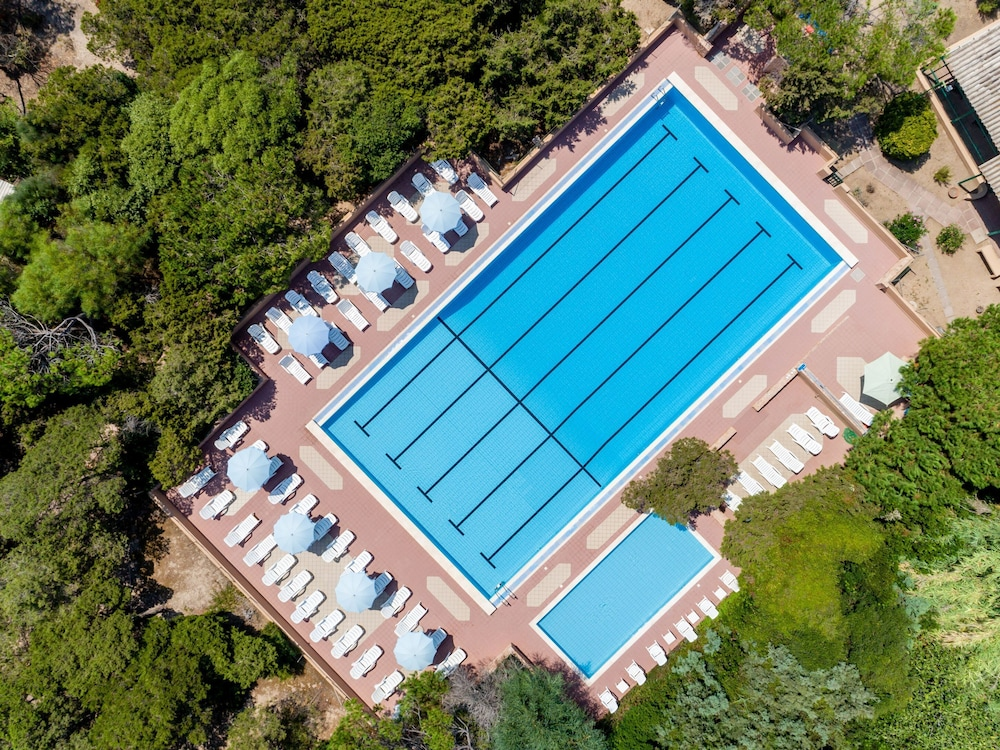 Outdoor Pool, Club Hotel Residence Baiaverde