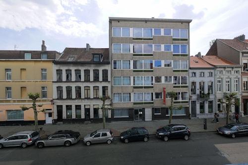 Book Antwerp Vacation Rentals | Travelocity com