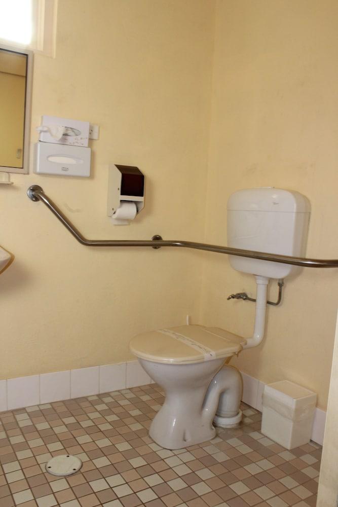 bathroom mount gambier escorts
