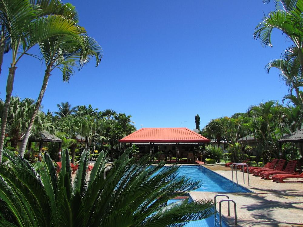 Wailoaloa Beach Resort Fiji In Nadi Hotel Rates Reviews On Orbitz
