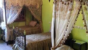 Minibar, desk, blackout curtains, rollaway beds