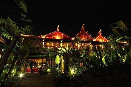 Jadul Adarapura Resort & Spa