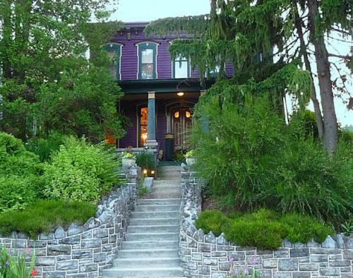 Great Place to stay Amethyst Inn near Adamstown