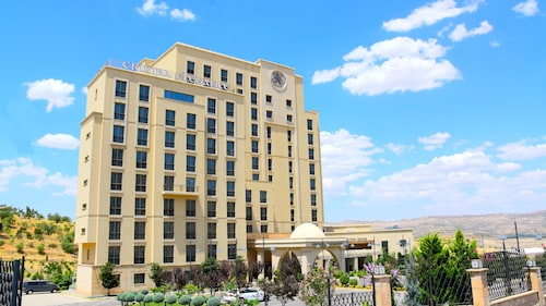 Erdoba Elegance Hotel & Convention Center