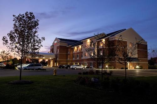 Great Place to stay Fairfield Inn & Suites Flint Fenton near Fenton