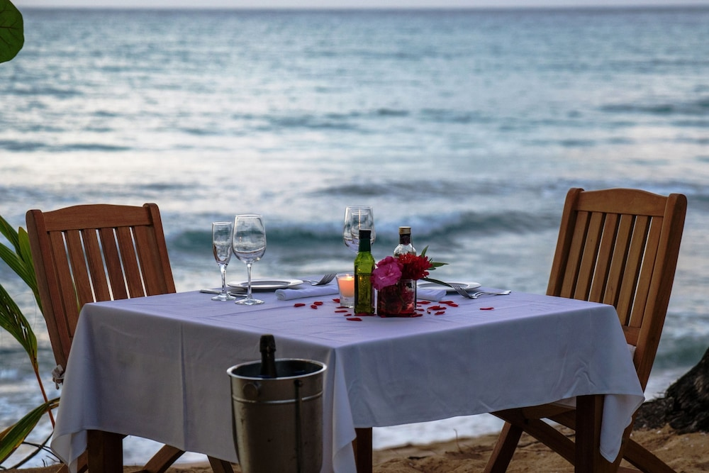 Couples Dining, Sublime Samana Hotel & Residences