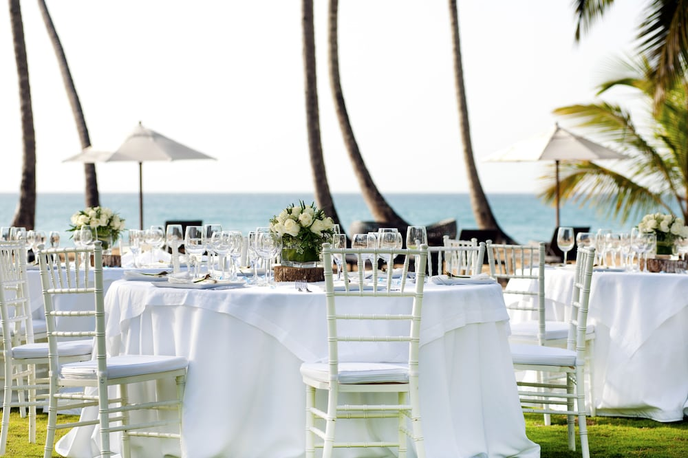 Outdoor Banquet Area, Sublime Samana Hotel & Residences